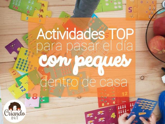 """niños jugando con un puzzle matematico sobre una mesa de pino, con la leyenda """"actividades top para pasar el día con peques dentro de casa"""" y el logo de Criando 24/7"""