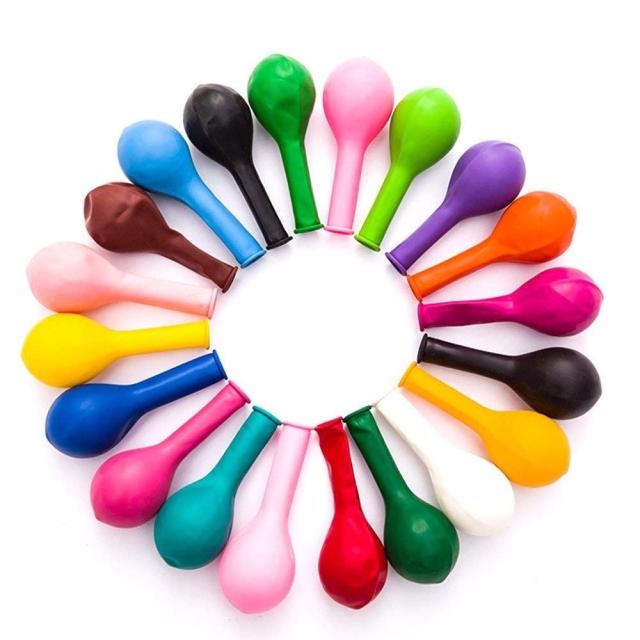 círculos formado por globos de colores deshinchados